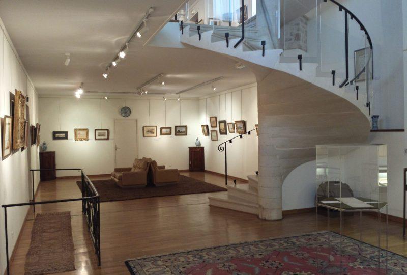 Art center Yvon Morin à Le Poët-Laval - 0